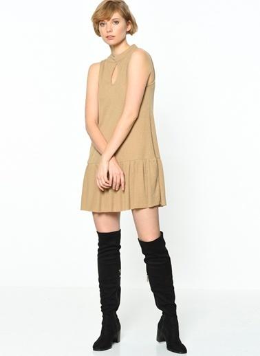 Somedays Lovin Kolsuz Fırfırlı Elbise Camel